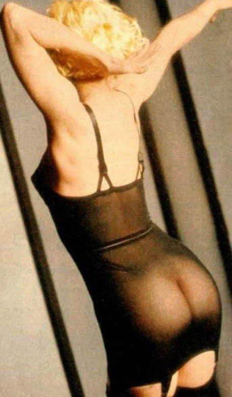 Обнаженная Мадонна одна из самых влиятельных женщин музыкантов в истории (23 фото)
