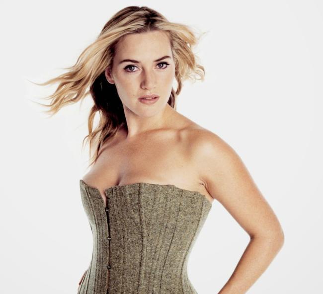 Кейт уинслет фото стоит в обтягивающем платье