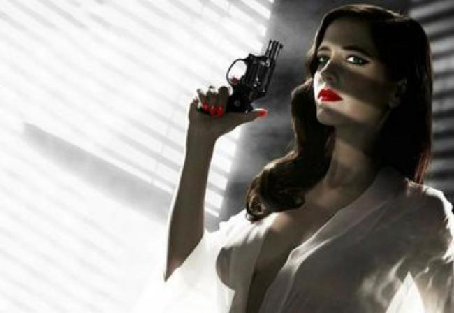 Ева Грин фото с пистолетом, сквозь блузку просвечиваются сиськи видны соски