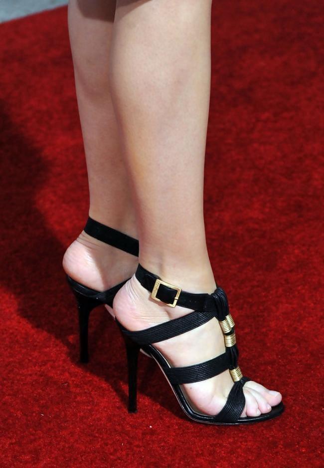 Кэрис ван хаутен ножки в босоножках