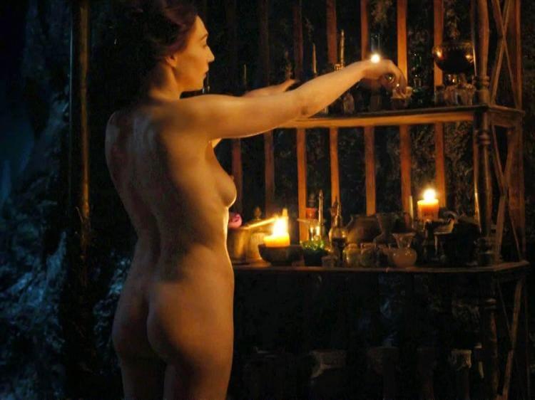 Мелисандра Кэрис ван хаутен фото голая вид сзади