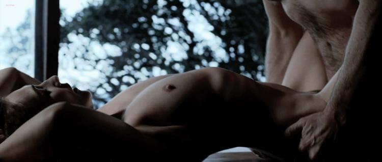 Мелисандра Кэрис ван хаутен фото голая постельная сцена, секс