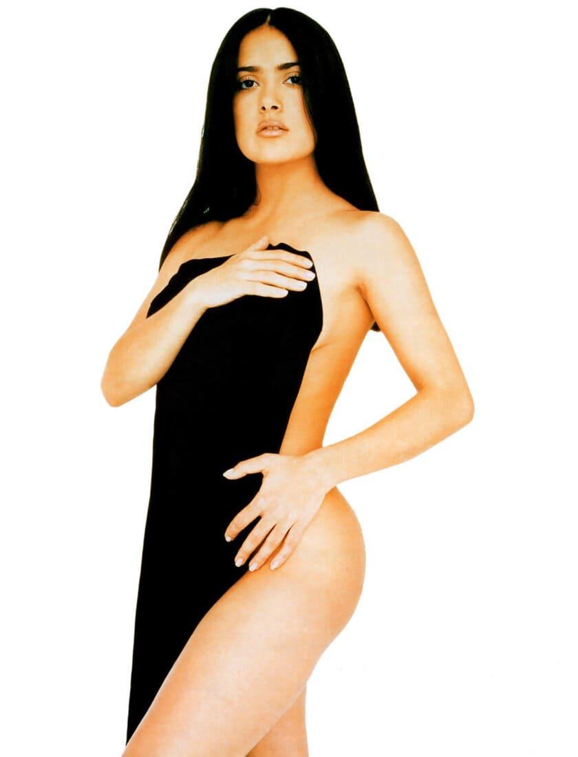 сальма хайек горячие фото голая в молодости немного прикрыта покрывалом