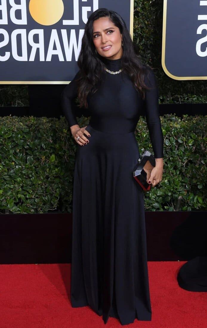 сальма хайек фото в длинном черном платье на красной дорожке